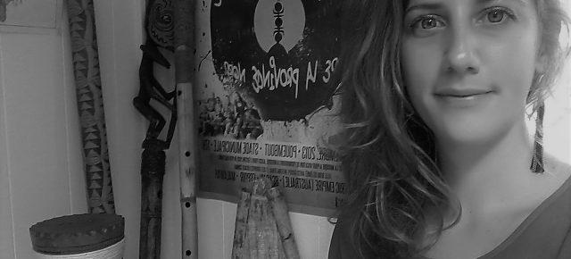 Muséocom s'exporte #28 Mathilde Heuzé au département des Musiques Traditionnelles et des Chants Polyphoniques Océaniens (Nouvelle Calédonie)